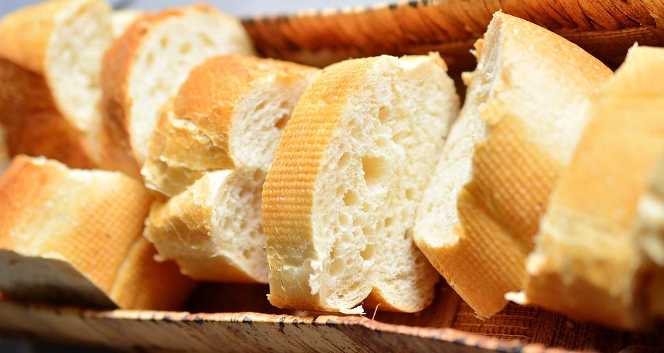 Pane bianco per il tuo locale: proprietà e caratteristiche